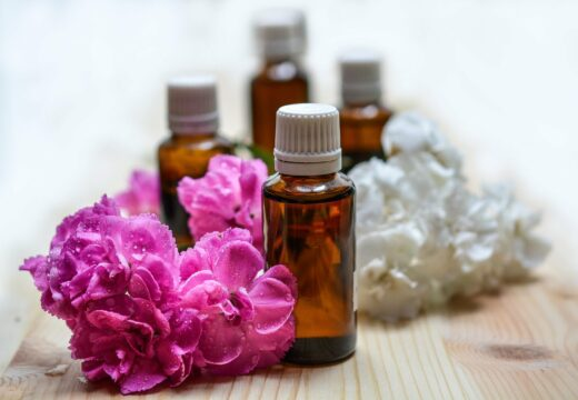huiles essentielles regles douloureuses